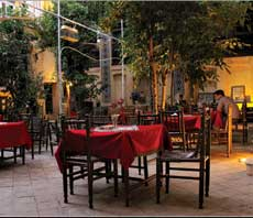 Niayesh Botique hotel , restaurant